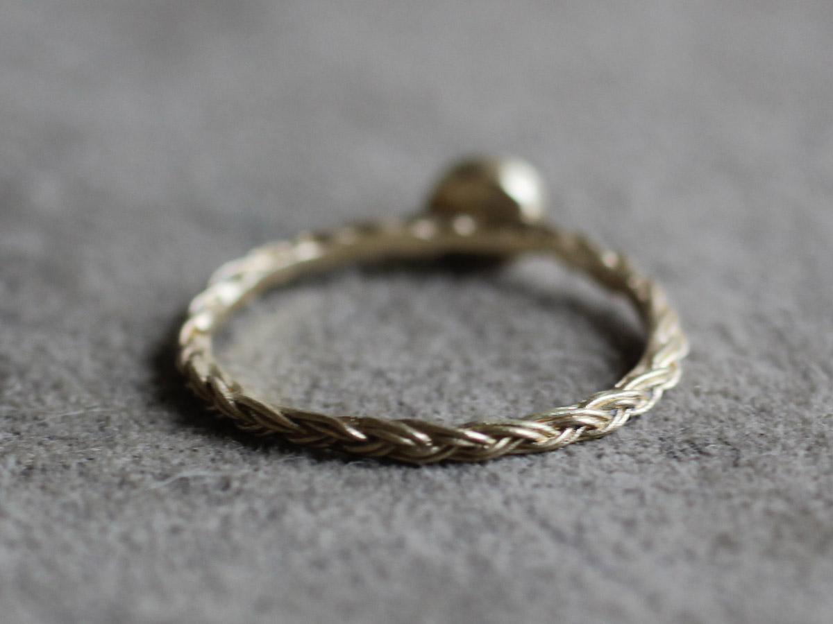 三つ編み アンティーク 婚約指輪