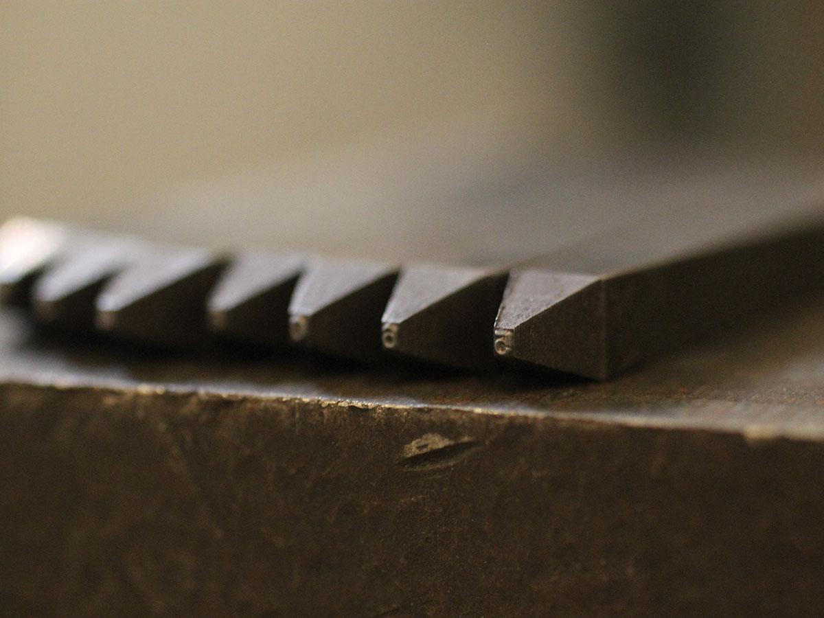 タガネ 刻印 金属