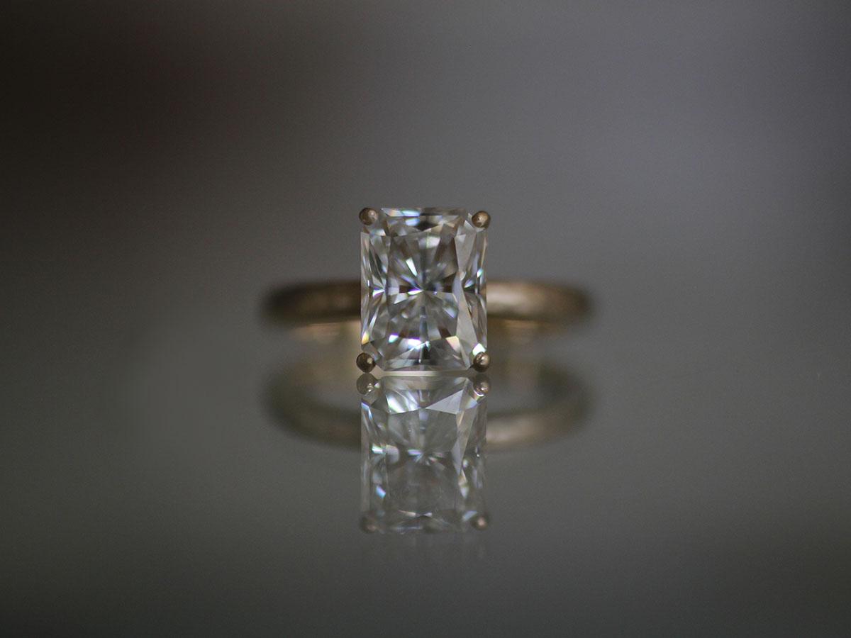 四角いダイヤ