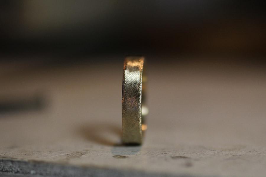 削り出した指輪