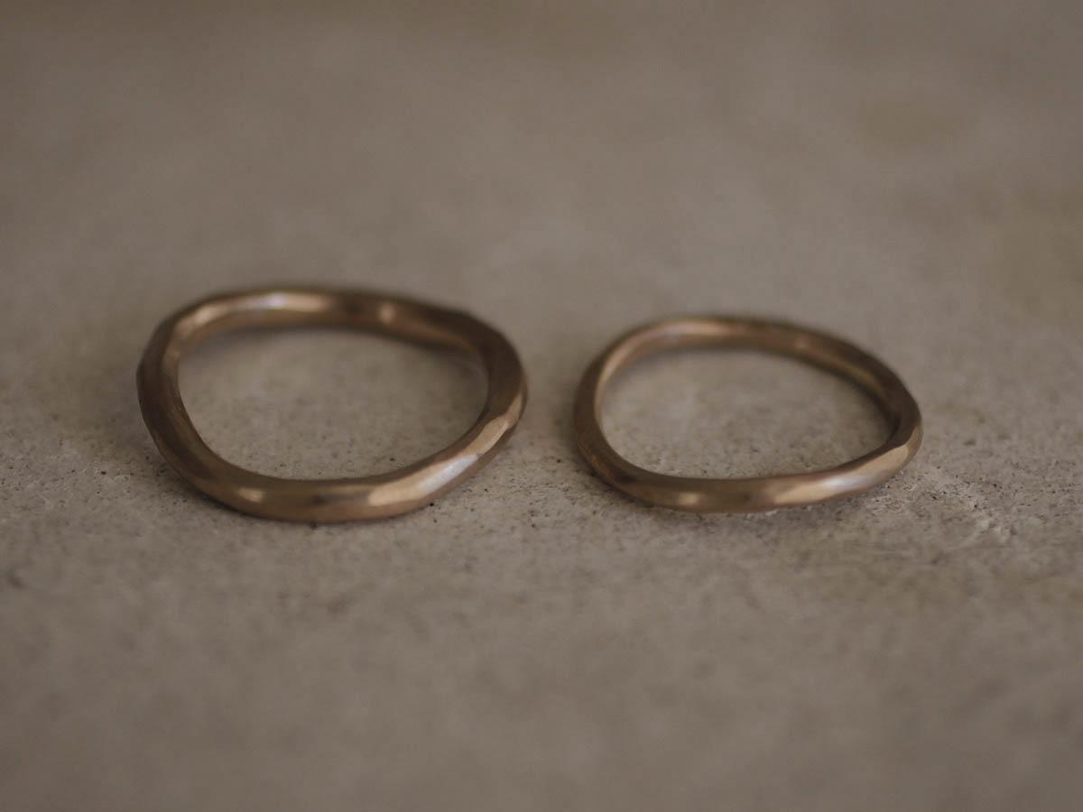 落ち着いた雰囲気の結婚指輪
