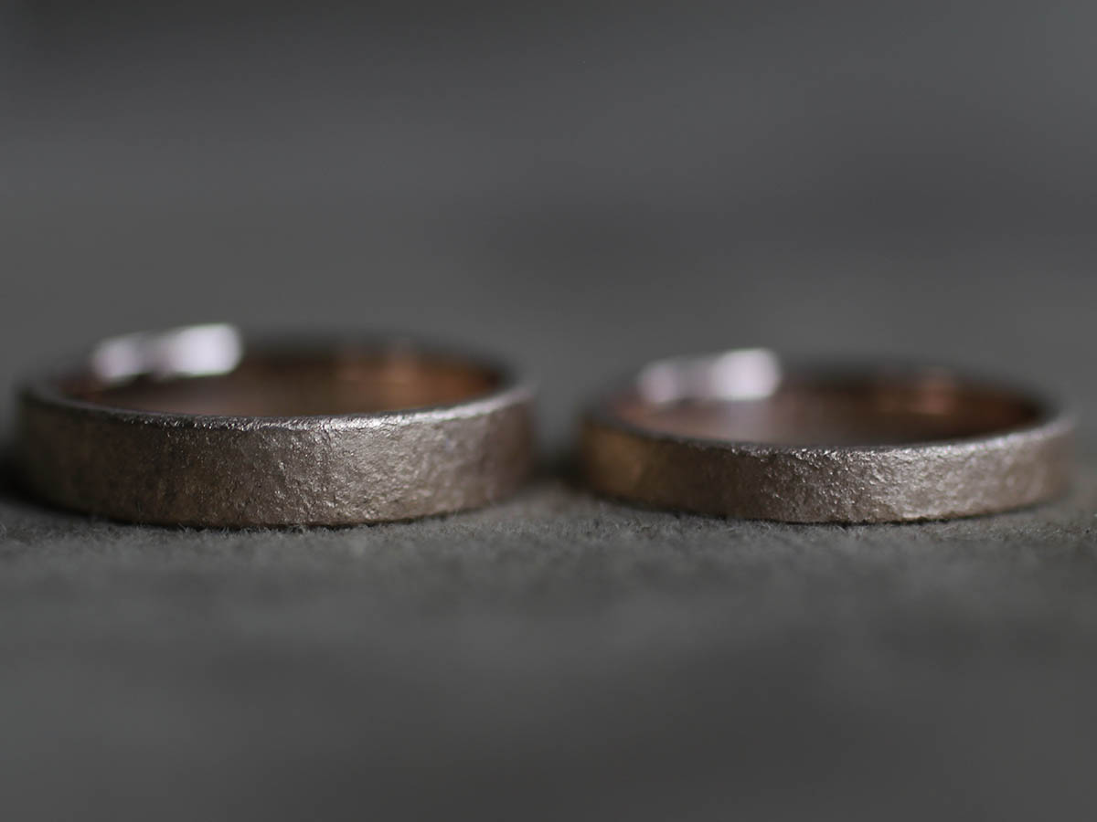 結婚指輪の質感