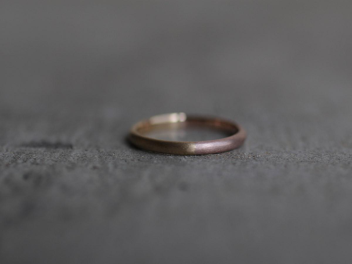 2色の地金で制作した結婚指輪